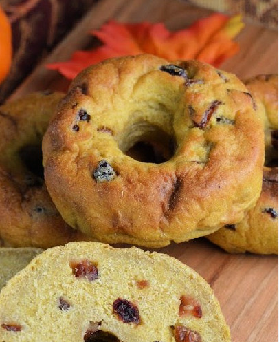 Tiger Nut, Pumpkin and Cranberry Bagels